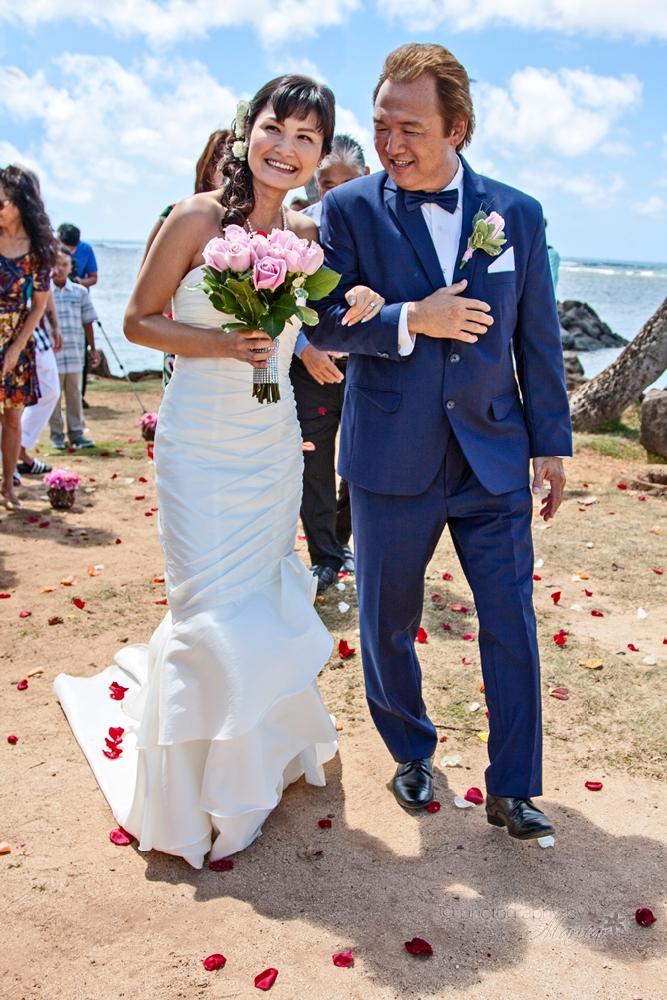 Keith and Mariko Wedding by Maricar Amuro, Aloha Images and Designs