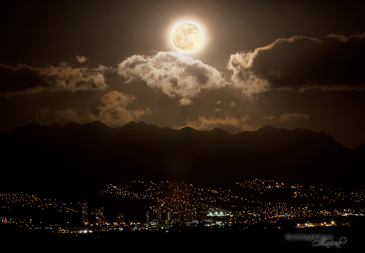 Supermoon over Oahu by Maricar Amuro, Aloha Images and Designs